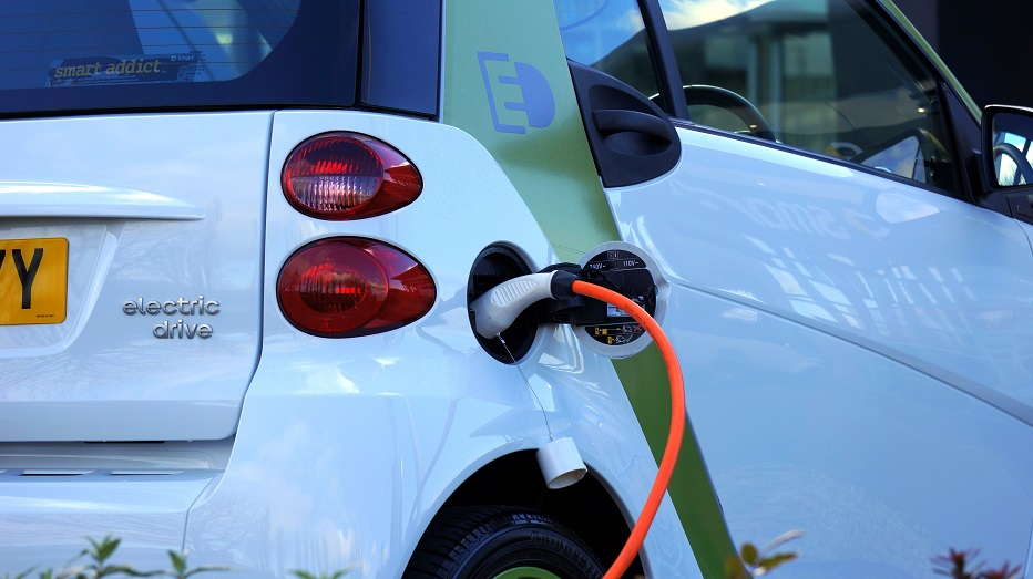 Electric Car Incentives >> Financial Benefits And Incentives By Switching To Electric